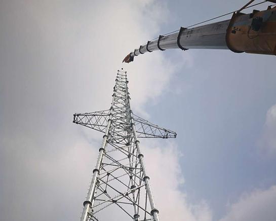 石家庄信号塔吊装